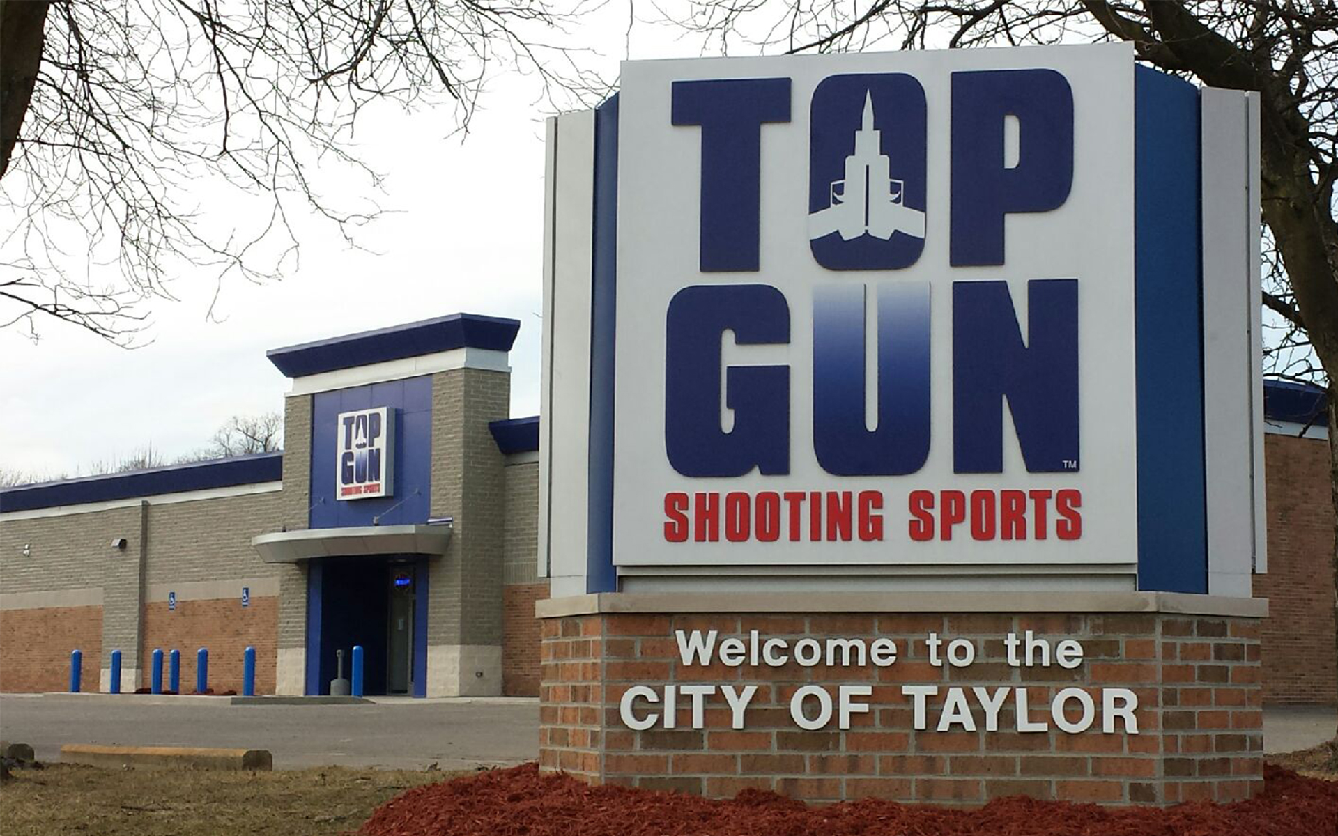 Top Gun Shooting Sports located in Taylor Michigan